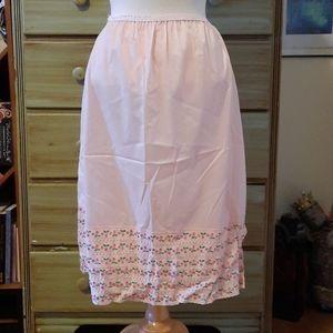 Vintage pink cherries lace hem half slip GB1
